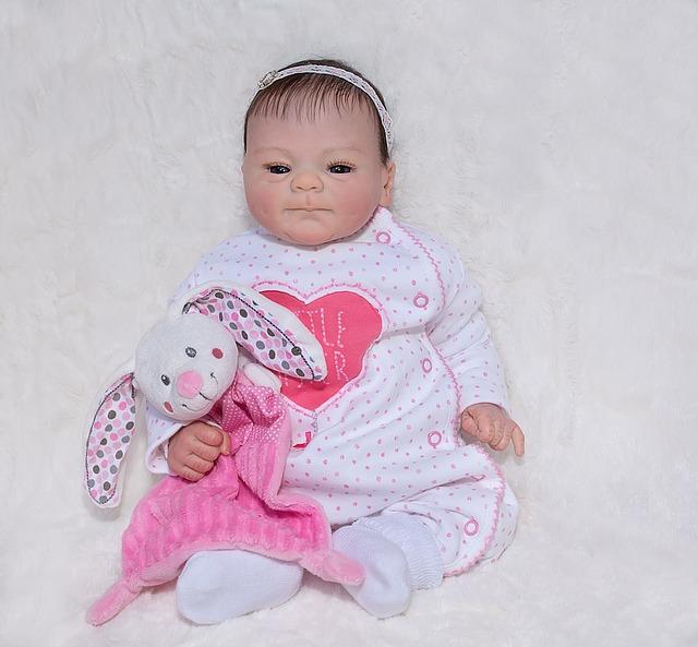 מוצרים לתינוק: אפשר להשיג אותם אונליין, ובזול!